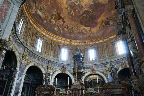 Внутренний интерьер Собора Санта-Мария-дель-Фьоре