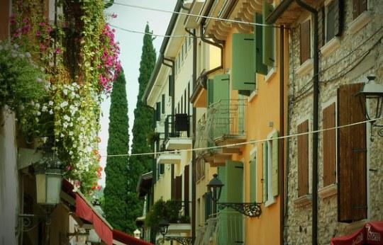 Бардолино в Италии