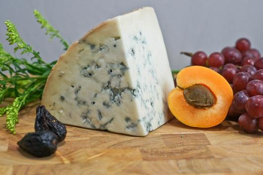 Сыр гонгорзола из Италии