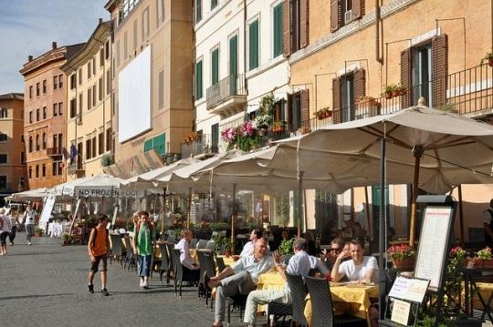 Гид познакомит с основными достопримечательностями Рима и не только