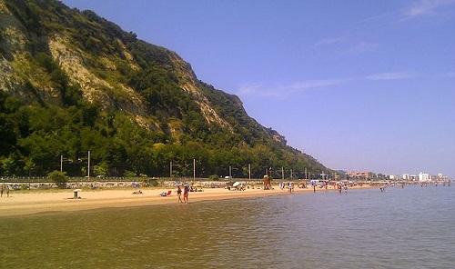 Все пляжи Пезаро муниципальные