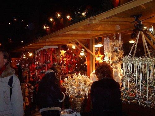 Рождественская ярмарка в городе Больцано, Италия