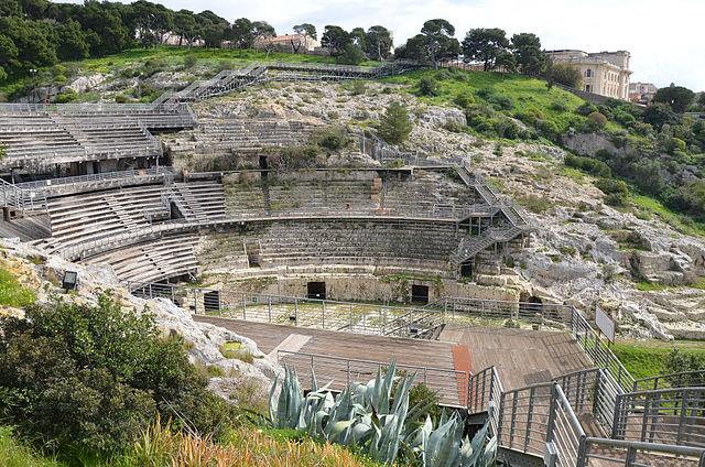 Римский амфитеатр в Кальяри, Италия