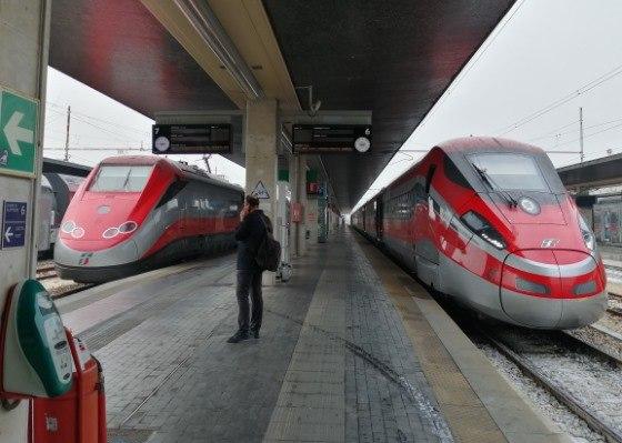 Скорый поезд от Вероны до Венеции
