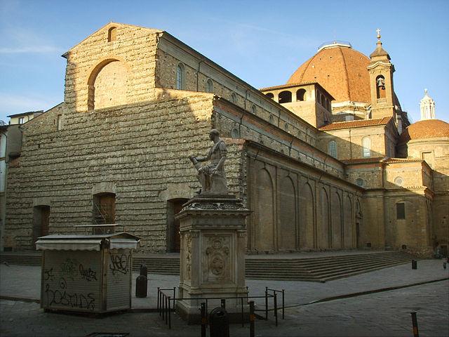Базилика Сан Лоренцо во Флоренции