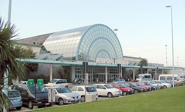 Аэропорт Абруццо в Пескаре, Италия