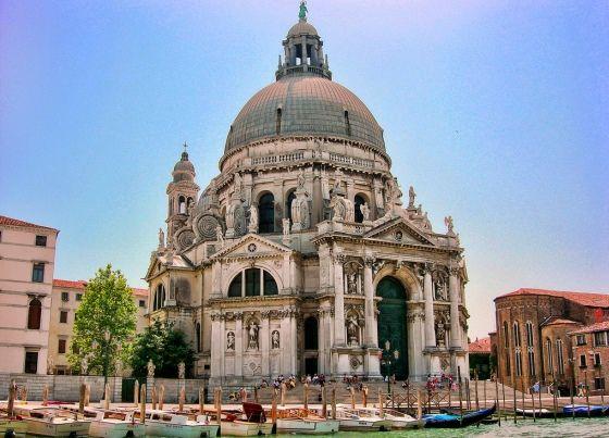 Базилика Девы Марии Исцеляющей в Венеции