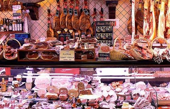 Магазин итальянских деликатесов в Венеции