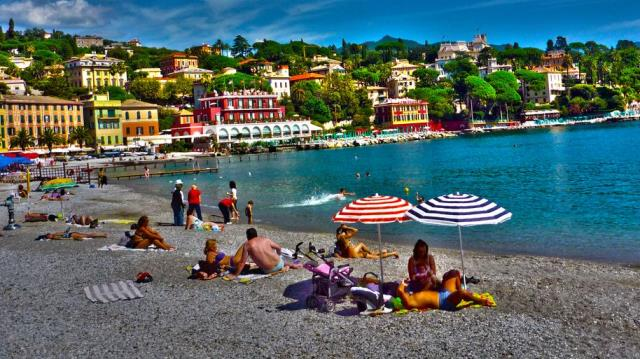 Пляжи в Раппало, Италия