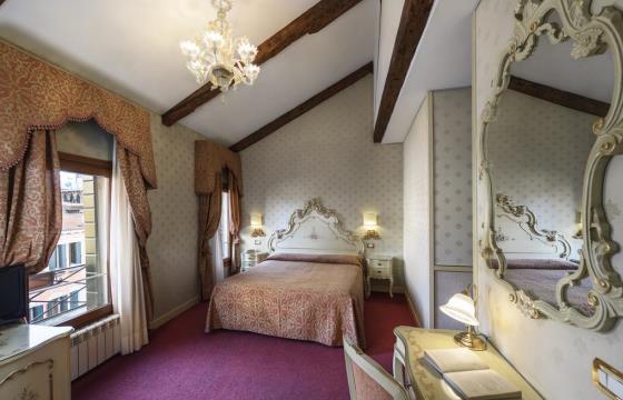 Лучшие трехзвездочные отели в центре Венеции