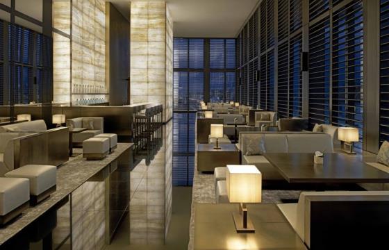 Роскошный отель Армани в Милане