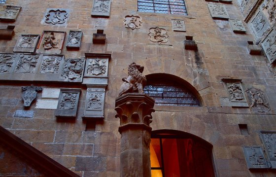 Дворец Барджелло во Флоренции