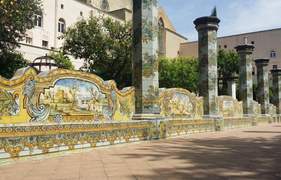 монастырь Санта-Кьяра в Неаполе