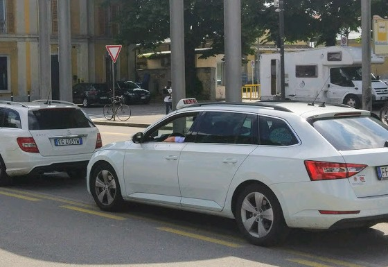 Такси в Болонье