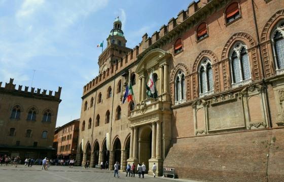 Дворец Подеста - одно из самых интересных мест в Болонье